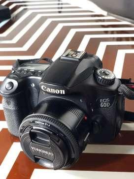 CANON EOS 60D + lensa