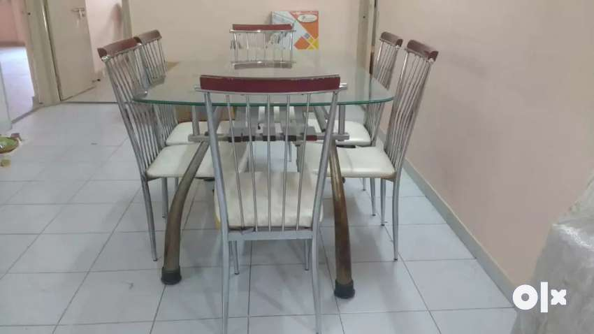Dinning table set 0
