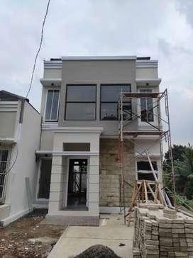 Rumah 2 lantai bergaya classic di Pondok cabe