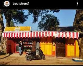Treat Street & La Petite