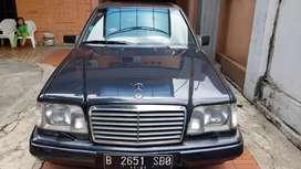 1996 Mercedes Benz E320 Nego