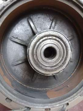 Gs 150 rims and hubs in very good condition no fault