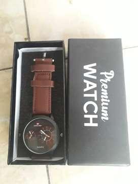 Jam tangan analog dual time baru ada box poris cipondoh
