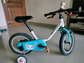 """BTWIN 14"""" Kids Bicycle for 3-5 years of age with balancing wheels"""