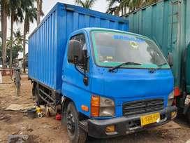 Hyundai 125ps box kontainer 2008