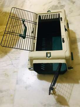 Excellent condition dog cage