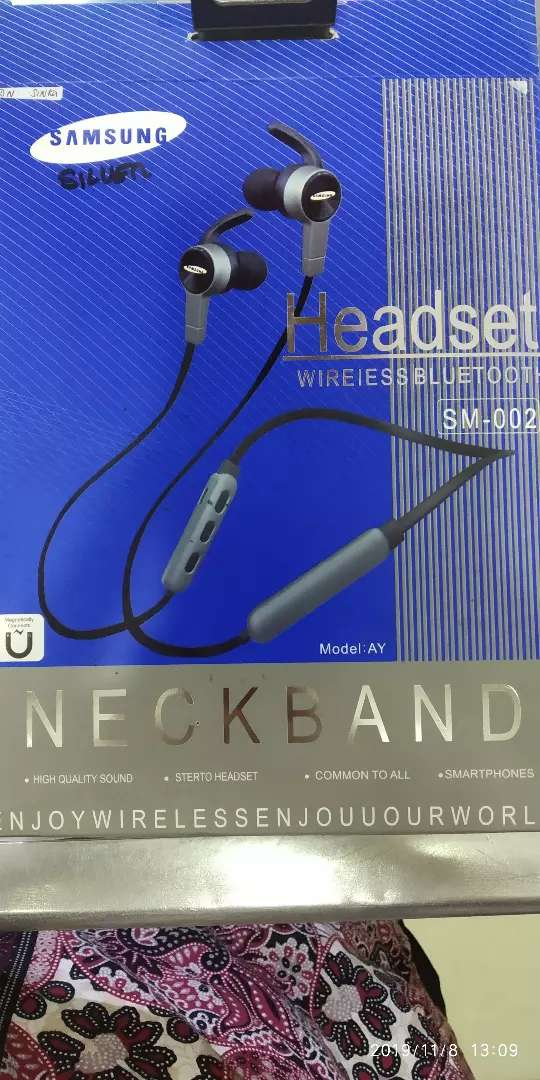 Jual headset Bluetooth dn kabel smarphone 0