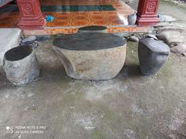 Kursi batu kali alami