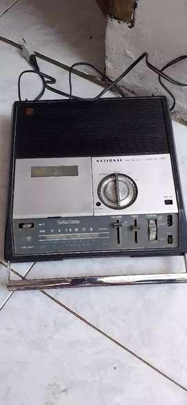 Jual radio lawas National kondisi hidup radio kaset mutar yg minat wa