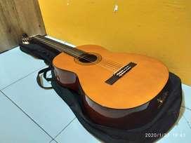 Gitar Yamaha CX-40 Akustik Elektrik