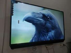 42inch smart led tv with ri supporter and dual usb ports