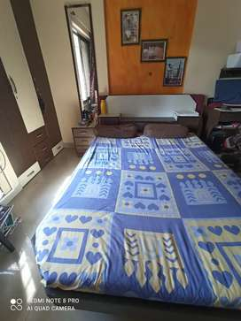 Box Type Bed in Good condition