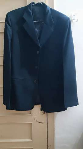 2 piece suit urgent sale