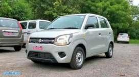 KISI KO BHI DRIVER ya car with driver chaiye ho