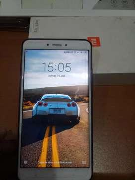 Jual Xiaomi Mi Max 2 Mulus bgt, Baterai super awet