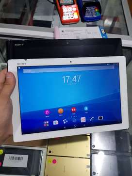 Sony Xperia Z4 Tablet 10.1 inc Super Tipis Super Mulus Like New