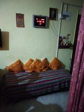 I want to rent out a 3 bhk apartment available in