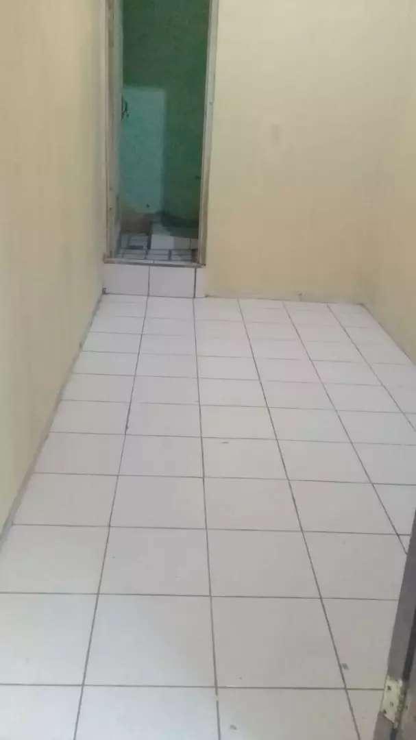 Kontrakan/kost an, kamar mandi sendiri, harga mulai 390.000 0