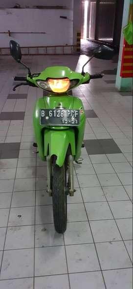Kawasaki blitz-r hijau / 2004