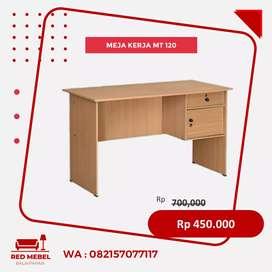 Meja dan Kursi Kerja
