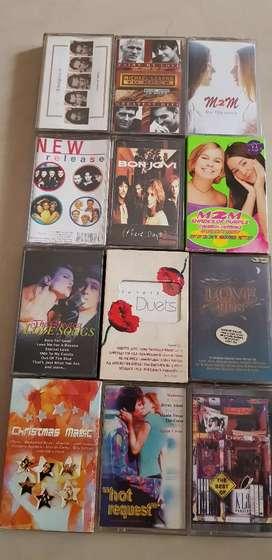 kaset pita musik lagu barat (MLTR, M2M, Bon jovi,Boyzone)