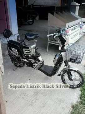 Sepeda listrik black silver