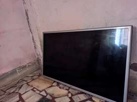 LG tv excellent condition (Only mother board fault