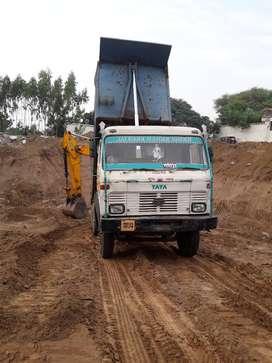 Tata dumper good condition