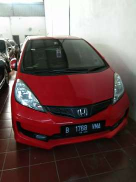 Honda Jazz RS A/T 2011 Merah Istimewah
