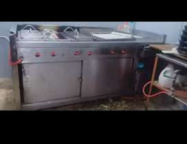 2 Deep fryer with hot plate