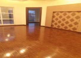 Wallpapers : wooden floor : vinyl floor : ceiling : pvc panel : roller