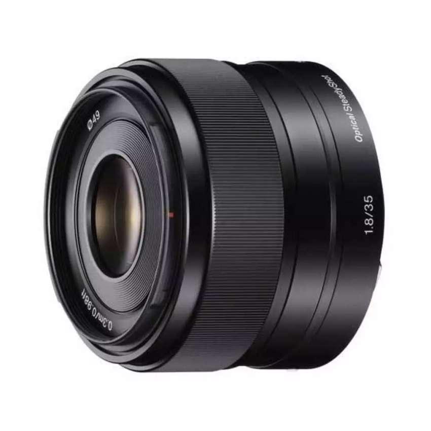 Lensa sony e 35mm f1.8 oss  garansi resmi 0