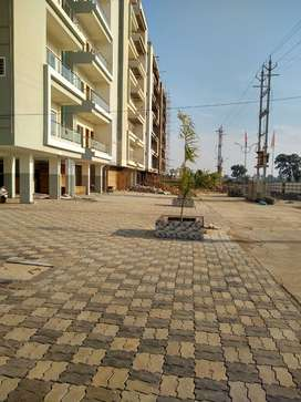 Luxurious Flats Swimming Pool Club House Hosangabad Road