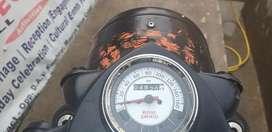 500cc बुलेट, 4820 किलोमीटर  चला है , 5month  पुराना है