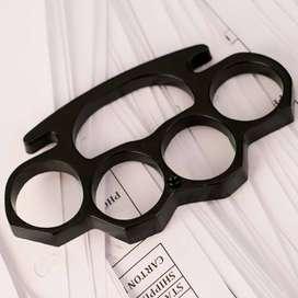 Knuckle ring black