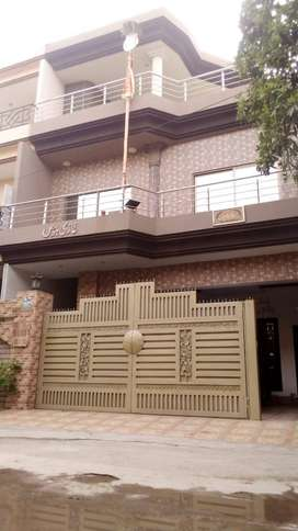 HOUSE FOR URGENT SALE NEAR G1 MARKET AND DOCTORS HOSPITAL