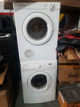 Electrolux Mesin cuci laundry siap pakai