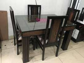 New wooden 4-seater dining set in teak wood