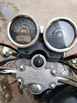 A one conditions royal Enfield Thunderbird
