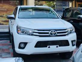 Brand new Toyota revo 2021 model ready to delivery in karachi white co