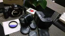 Kamera analog vintage. Minolta dynax lensa EXAKTA. Complete + 2 filter