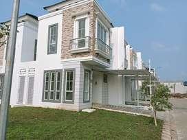 Rumah Lengkap Dengan Canopy dan Carport