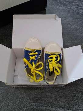 footwear upto 2.5 years