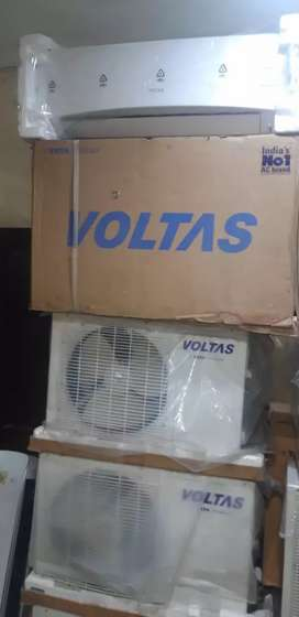 Voltas& Whirlpool 1.0 ton split ac brand new Company lot only rs 19000