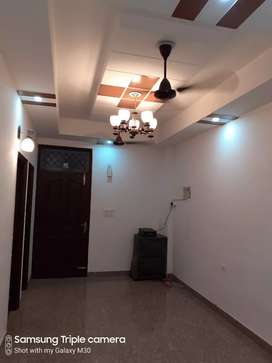 2BHK FLAT FOR SINGLE FAMILY BEST LOCATION
