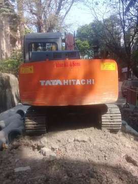 Tata Hitachi 70 in very good condition to be sold along with breaker