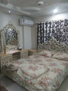 One bedroom beautiful furnished apartment for rent in bahria twn phs4