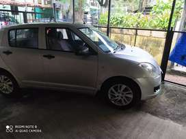 Maruti Suzuki Swift 2009 Petrol 30000 Km Driven