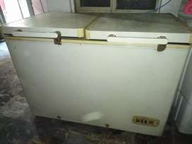 Good condition Dawlance refrigerator  double door