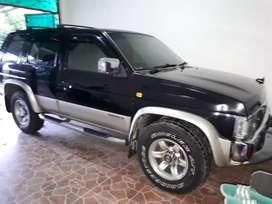 Nissan Terrano Kingsroad 2002, Mulus, Pajak hidup dan Surat Lengkap